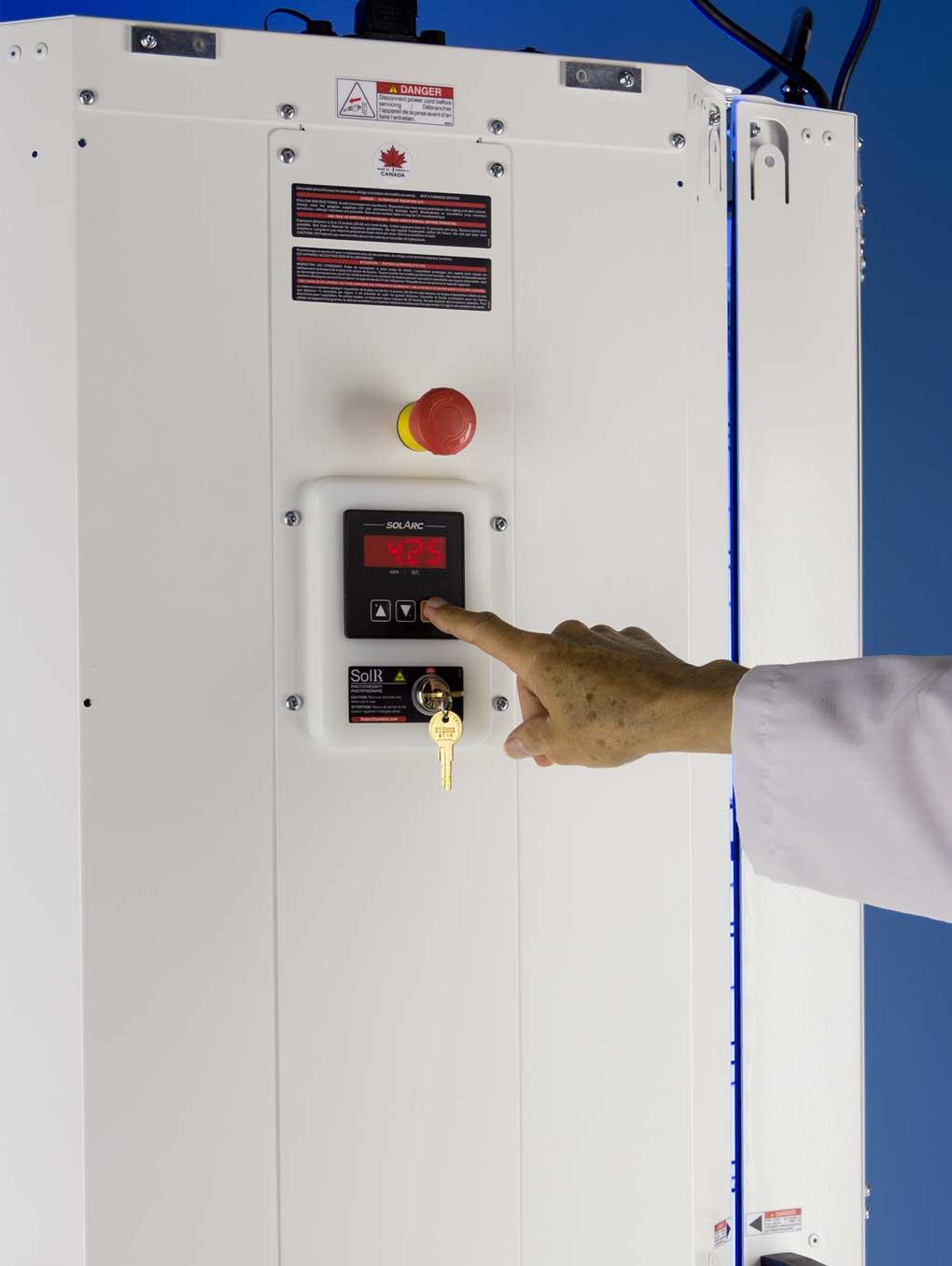 RCO Rear Controller View 8 SolRx E-Series